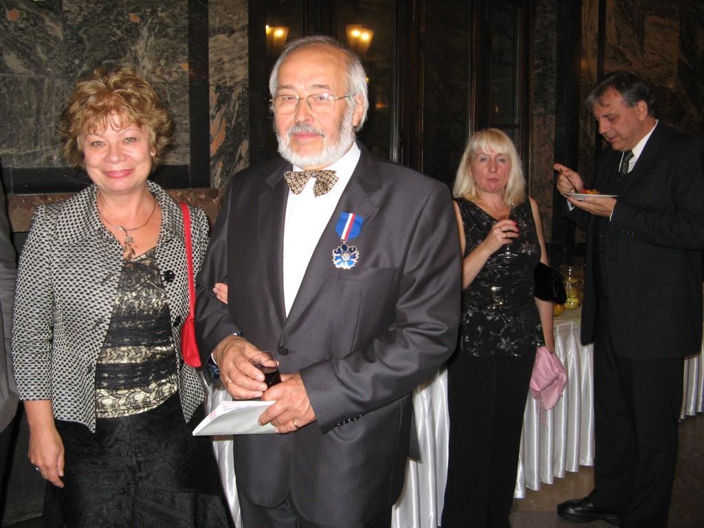 Prof. Zygmunt Tlatlik z Jadwigą Stalmach Prezeską UFPS